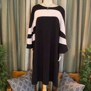Gabby Skye Dress Bell Sleeve